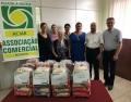 Notícia: ACIAR repassa alimentos a entidades de Registro